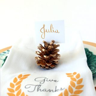 DIY/Holiday | Gold Pine Cone Place Card Holders