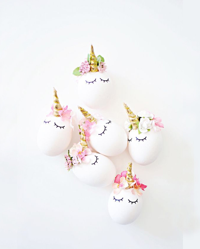 Top 20 Easter Projects of 2017 - DIY unicorn eggs by Little Inspiration | Squirrelly Minds