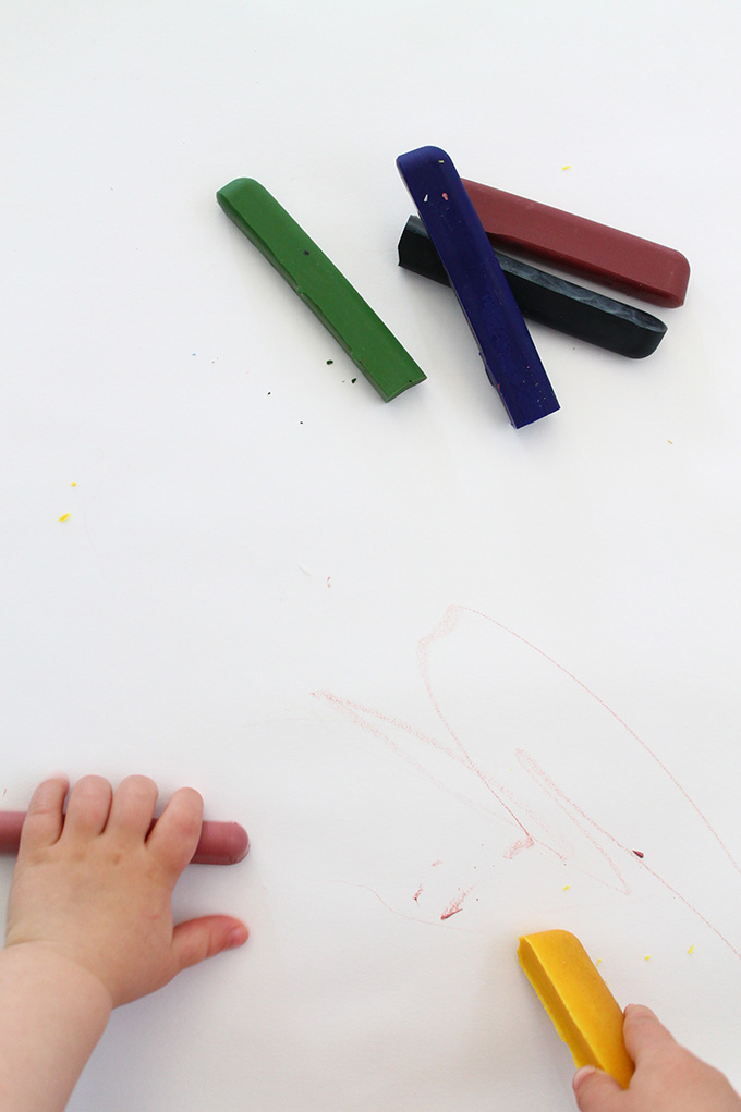 DIY All Natural Beeswax Crayons | Squirrelly Minds