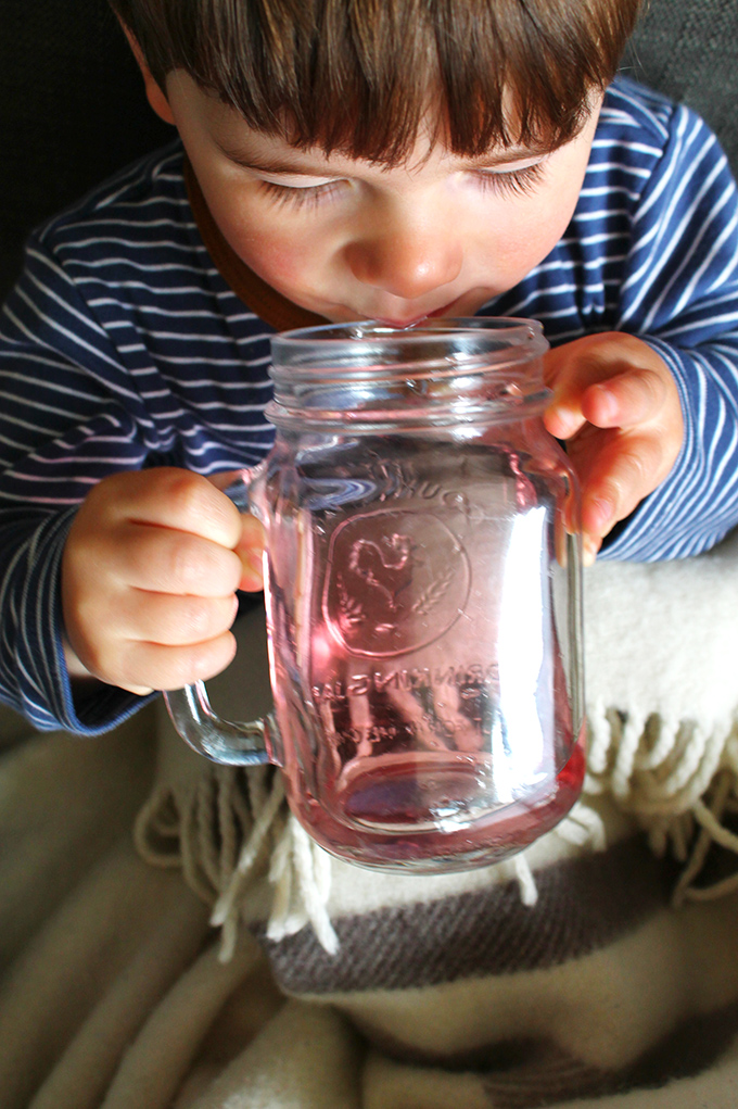 10 ways on how to entertain a sick toddler | Squirrelly Minds