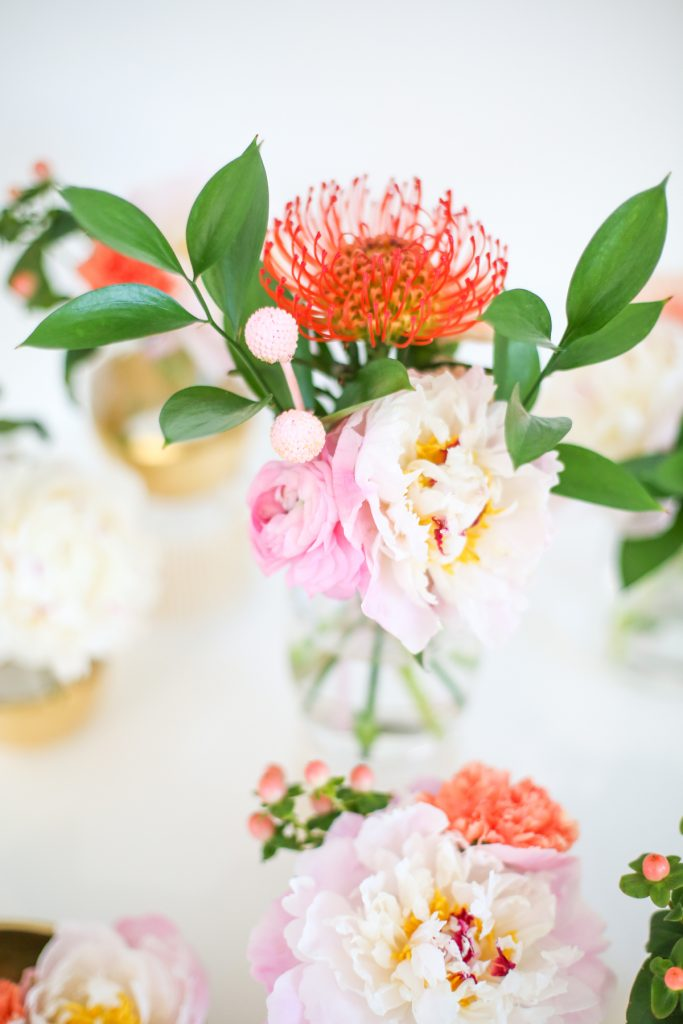 How to Make Simple Mother's Day Floral Arrangements on Lovely Indeed | Squirrelly Minds