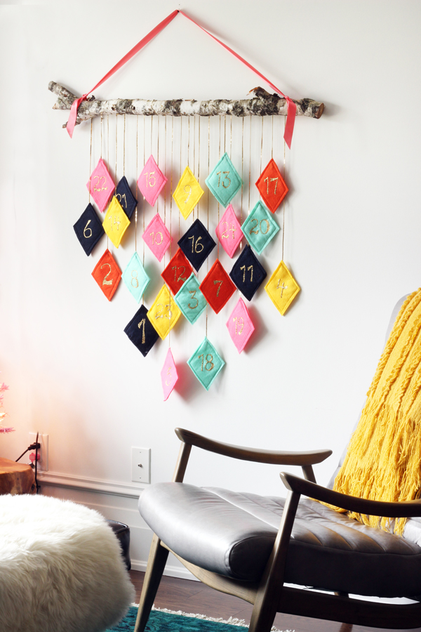 Top 10 Colourful DIY Advent Calendars - Image by The Sweet Escape on Squirrelly Minds