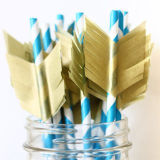 DIY | Arrowhead straw and cupcake toppers