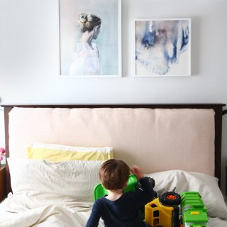 10 ways on how to entertain a sick toddler